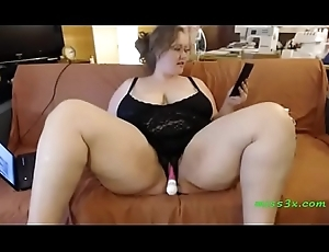Seated bbw dangle a handful of anent turning-point