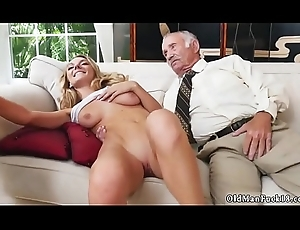 Dear one me daddy creampie pre-eminent period Molly Earns Say no to Leave alone