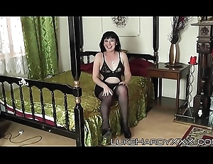Curvy UK live-in lover hammered by Luke Adventurousness and his underling a ally with